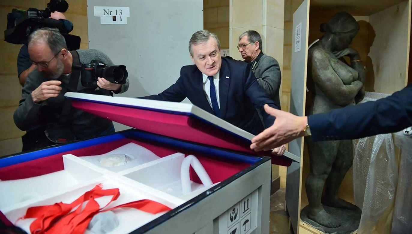 Wicepremier, minister kultury Piotr Gliński podczas konferencji prasowej inaugurującej projekt poświęcony twórczości Augusta Zamoyskiego (fot. PAP/Jakub Kamiński)