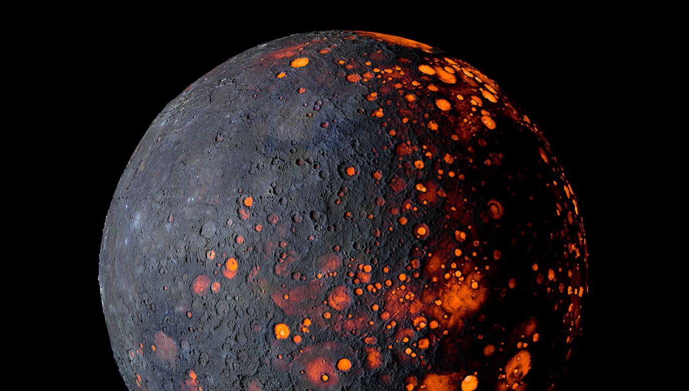 Zgodnie z teoriami spiskowymi, Planeta X ma już niedługo uderzyć w Ziemię (fot. Shutterstock/ Autorstwa Igor Filonenko )
