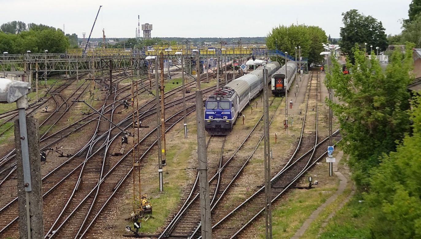 Budowlańcy zaskarżyli warunki modernizacji odcinka linii kolejowej E75 Czyżew-Białystok (fot. Wiki/Leszek Jańczuk)