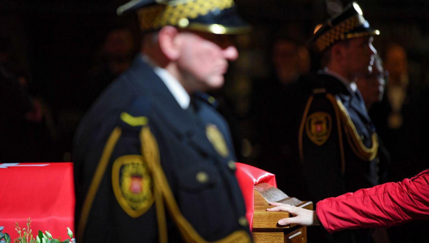 Pogrzeb Pawła Adamowicza będzie z asystą wojskową (fot. PAP/Adam Warżawa)