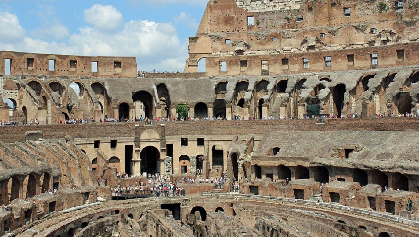 Koloseum to jedna z największych atrakcji Rzymu (fot. Pixabay/Barni1)