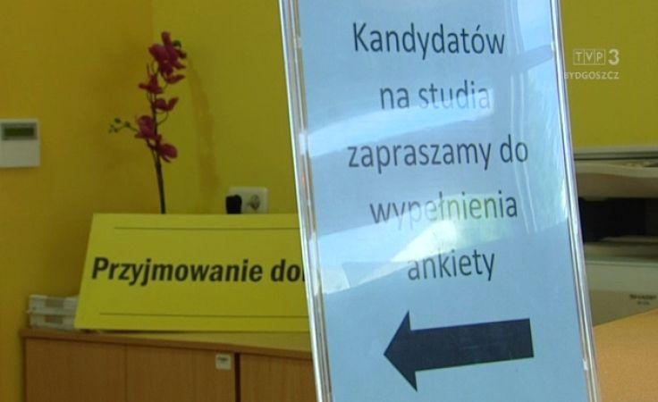 Publiczne uczelnie kuszą maturzystów m.in. nowymi kierunkami
