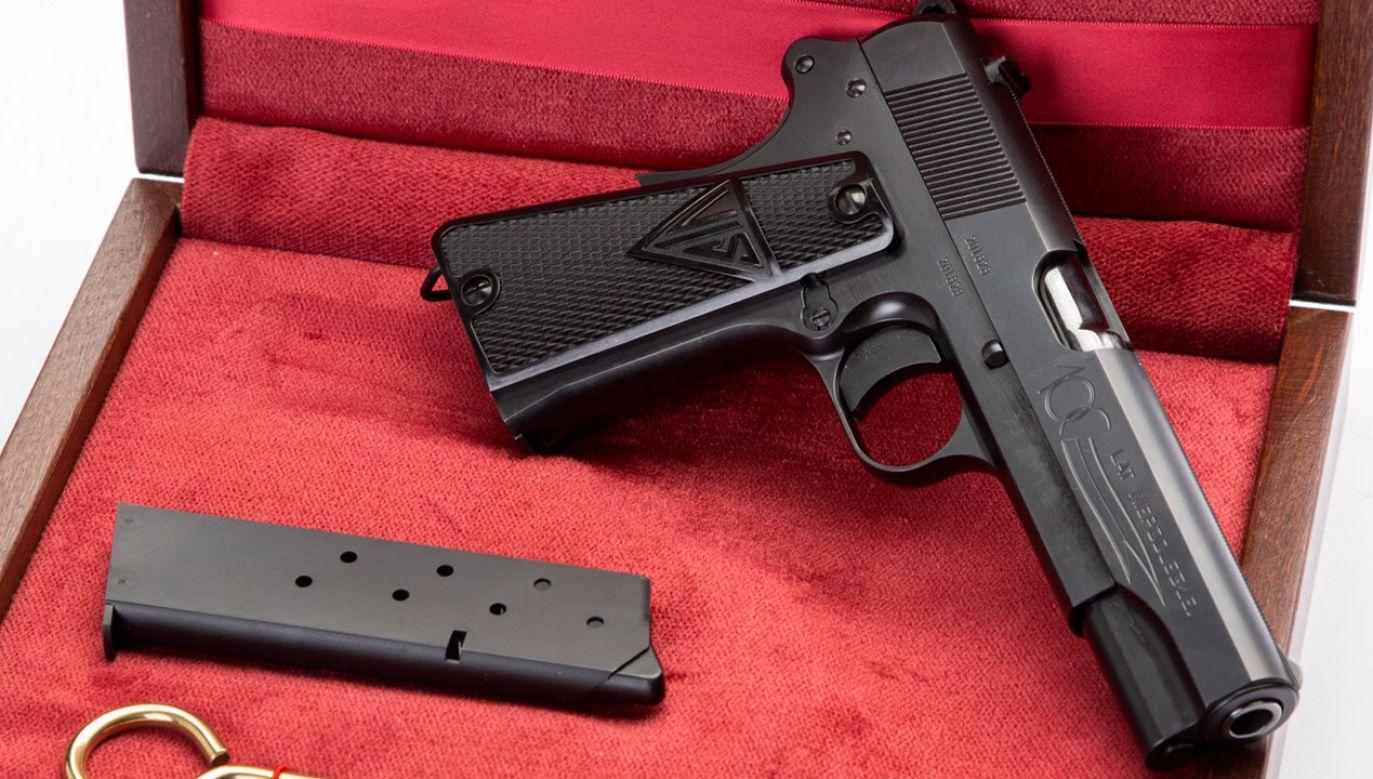 """Fabryka Broni """"Łucznik"""" – Radom wyprodukowała limitowaną serię pięćdziesięciu pistoletów VIS, uznawanych przez znawców militariów za jedną z najlepszych konstrukcji w historii (fot. Materiały prasowe)"""