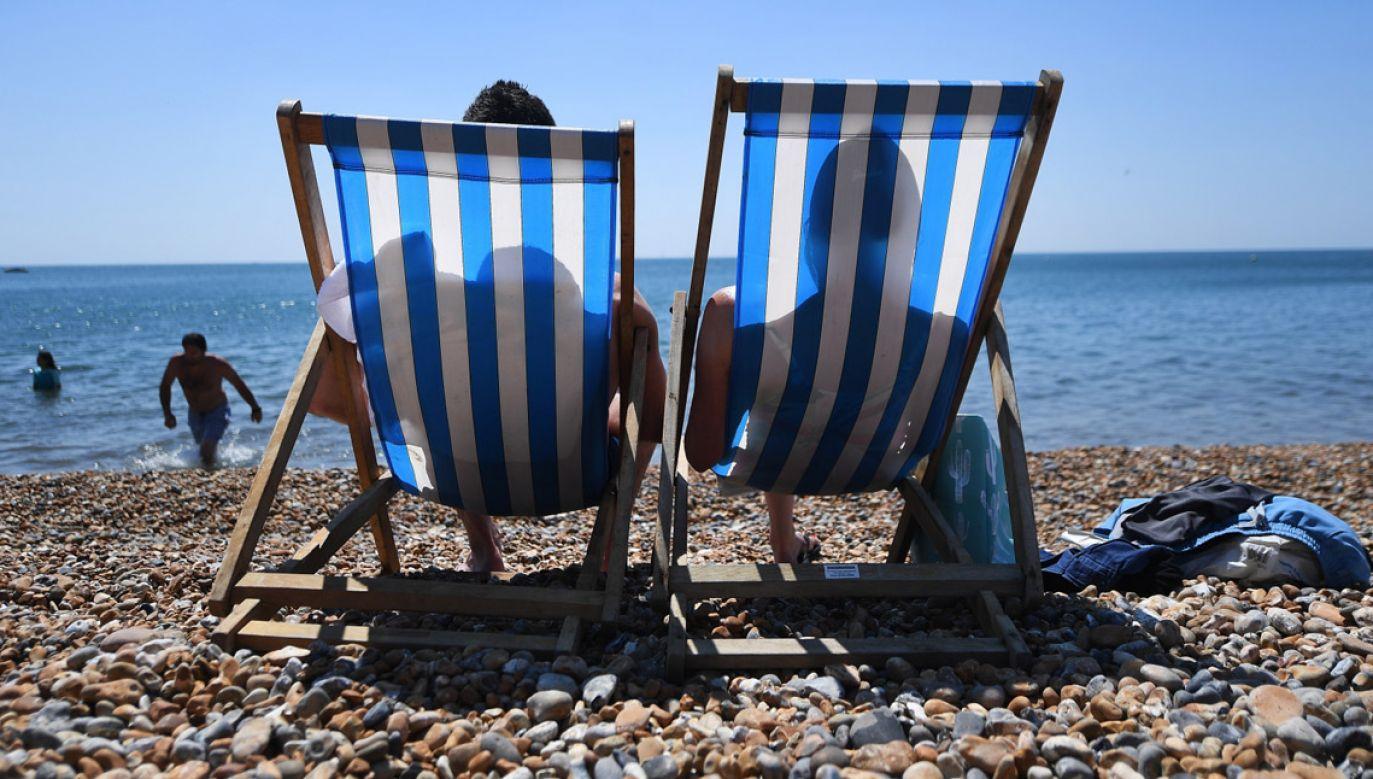 Jeszcze na początku lipca ma być cieplej (fot. PAP/EPA/ANDY RAIN)