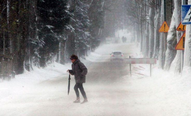 Temperatury dochodzą do minus 15 stopni  (fot. PAP/Grzegorz Momot)