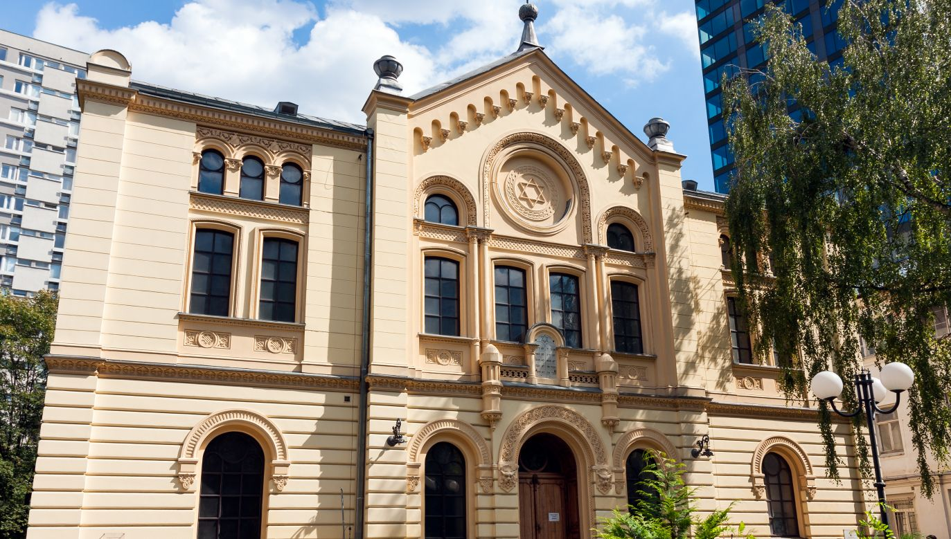 Warsaw's only surviving pre-war synagogue was damaged by arsonists in the early 1990s, but today incidents of this kind are exceedingly rare. Photo: PLRANG ART/Shutterstock