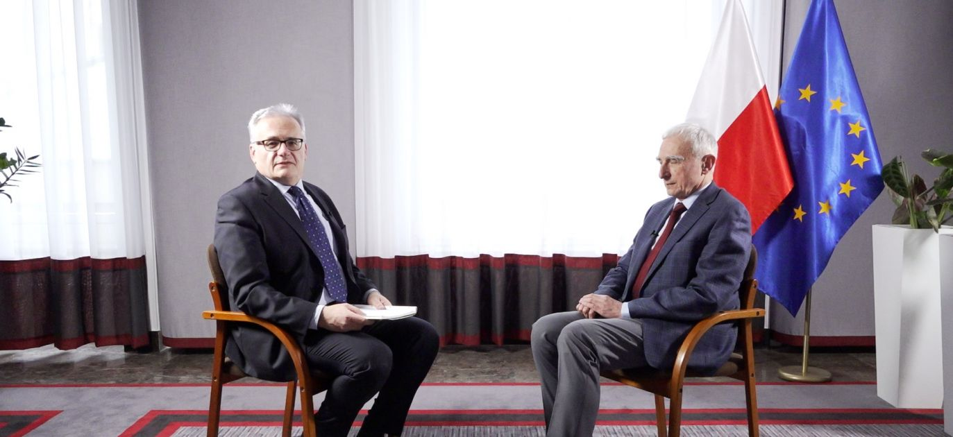 The secretary of state Piotr Naimski (R) expects Poland to break free from Russian gas domination by completing the Baltic Pipe natural gas pipeline. Photo: Poland In