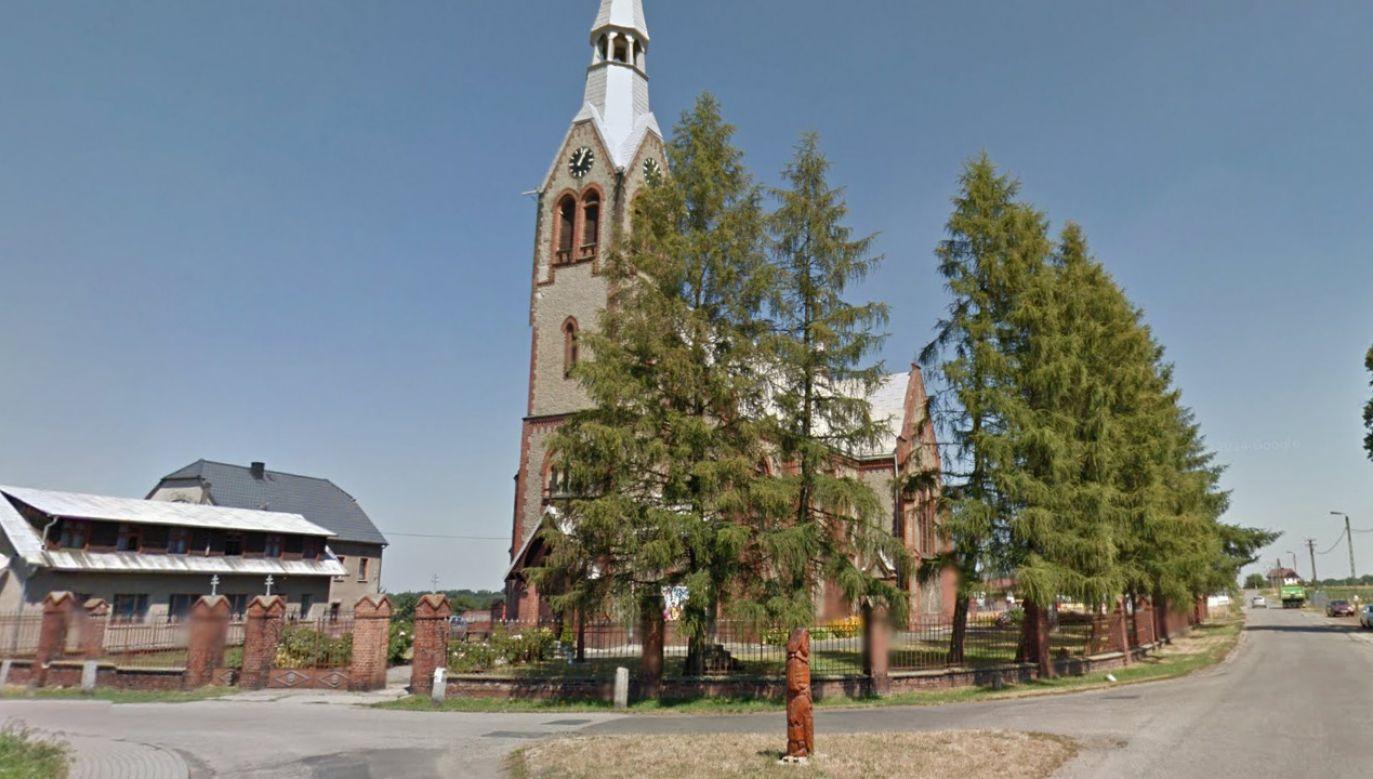 Parafia Trójcy Świętej w Modzurowie (fot. mapy Google)