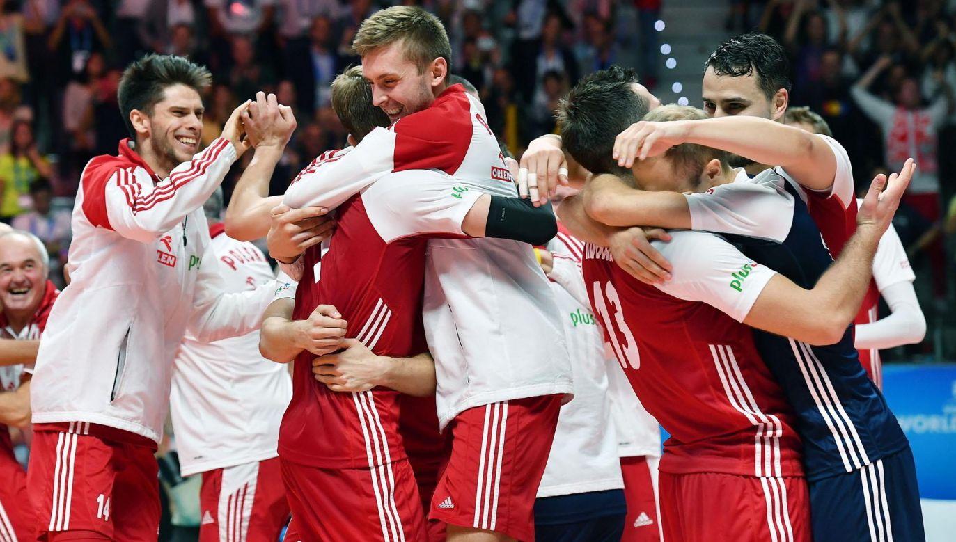 Polscy siatkarze w znakomitym stylu sięgnęli po złoty medal mistrzostw świata (fot. PAP/Maciej Kulczyński)