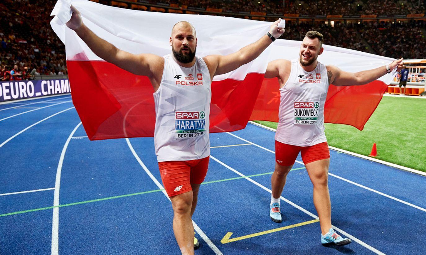 Michał Haratyk (L) i Konrad Bukowiecki (P) (fot. PAP/Adam Warżawa)