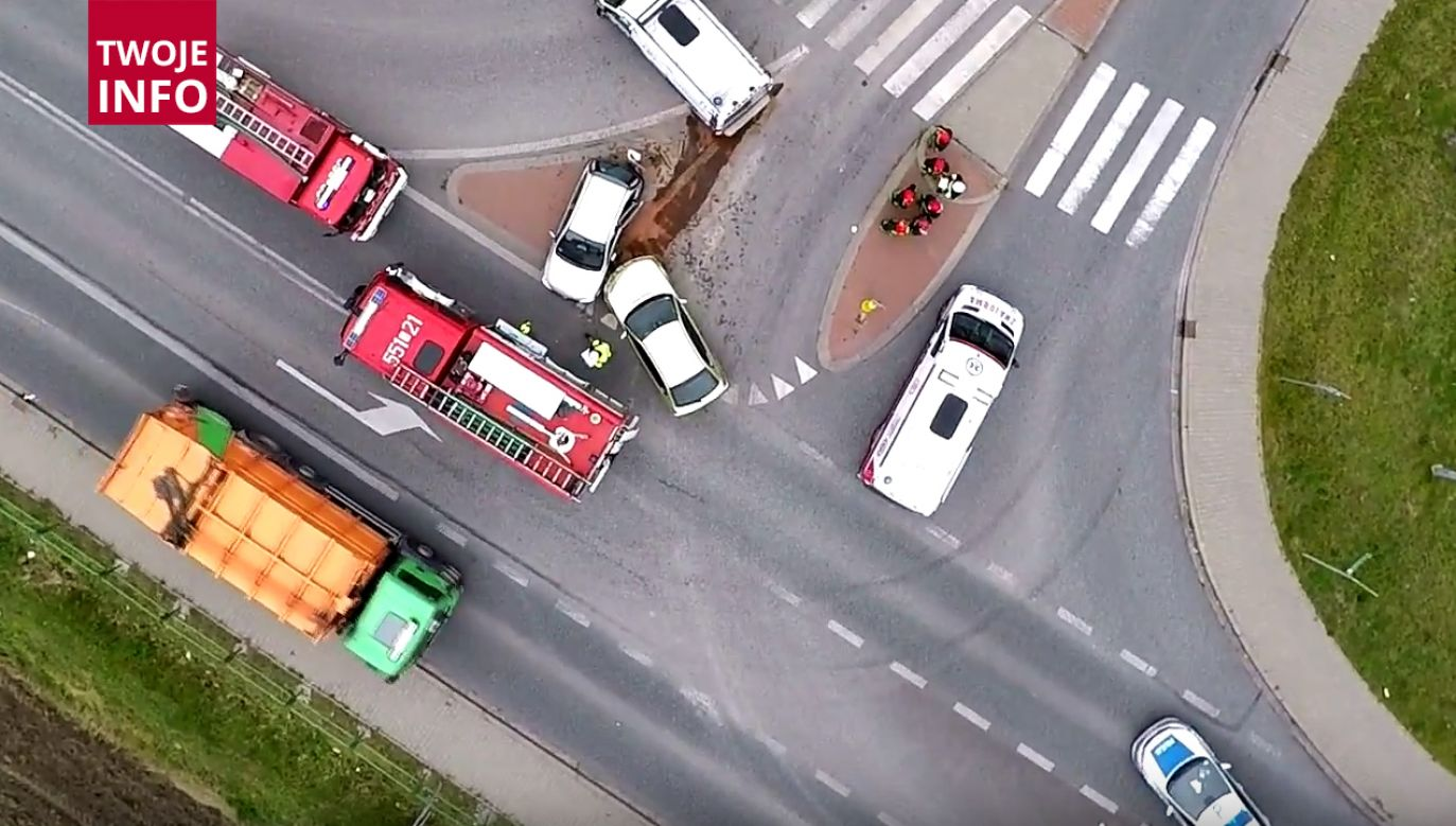Trzy osoby trafiły do szpitala po wypadku (fot. yt/press.pl)