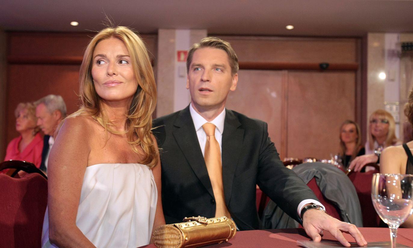Lis z żoną Hanną (fot. PAP/Leszek Szymański)