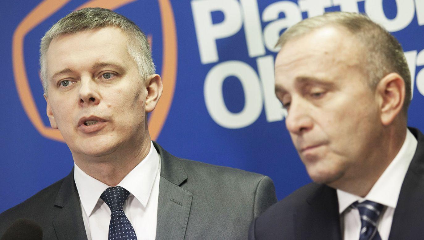 Tomasz Siemoniak i Grzegorz Schetyna (fot. arch.PAP/Aleksander Koźmiński)