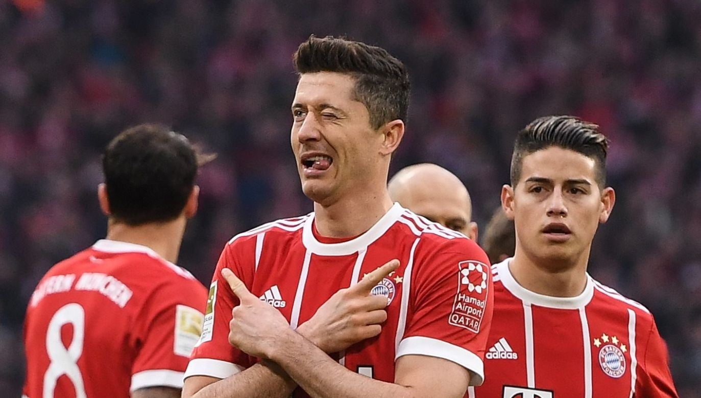 Robert Lewandowski (center) celebrating his goal with James Rodriguez (right). Photo: PAP / Lukas Barth