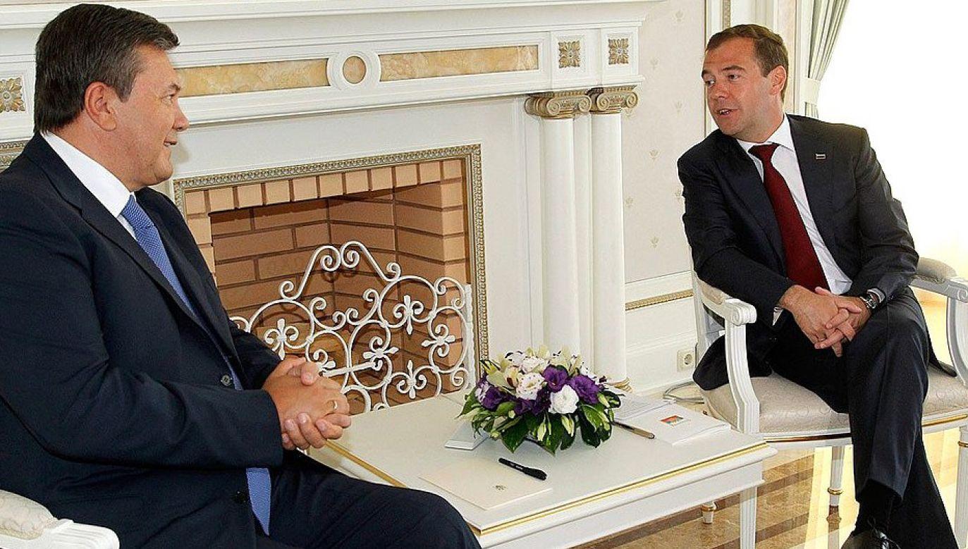 Janukowycz (na zdj. z Dmitrijem Miedwiediewem) miał prosić Moskwę o wprowadzenie rosyjskiej armii na Ukrainę (fot. Kancelaria Prezydenta FR)