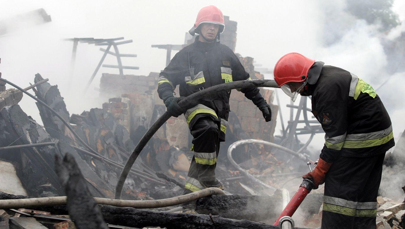 Kto stoi za podpaleniami? (fot. arch. PAP/Stefan Kraszewski)