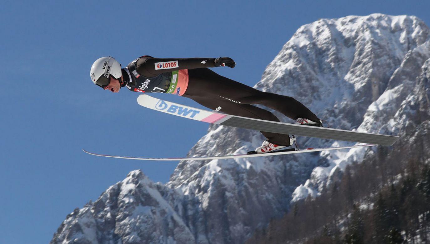 Piotr Żyła w pierwszej serii skoczył 242 m (fot. PAP/Grzegorz Momot)