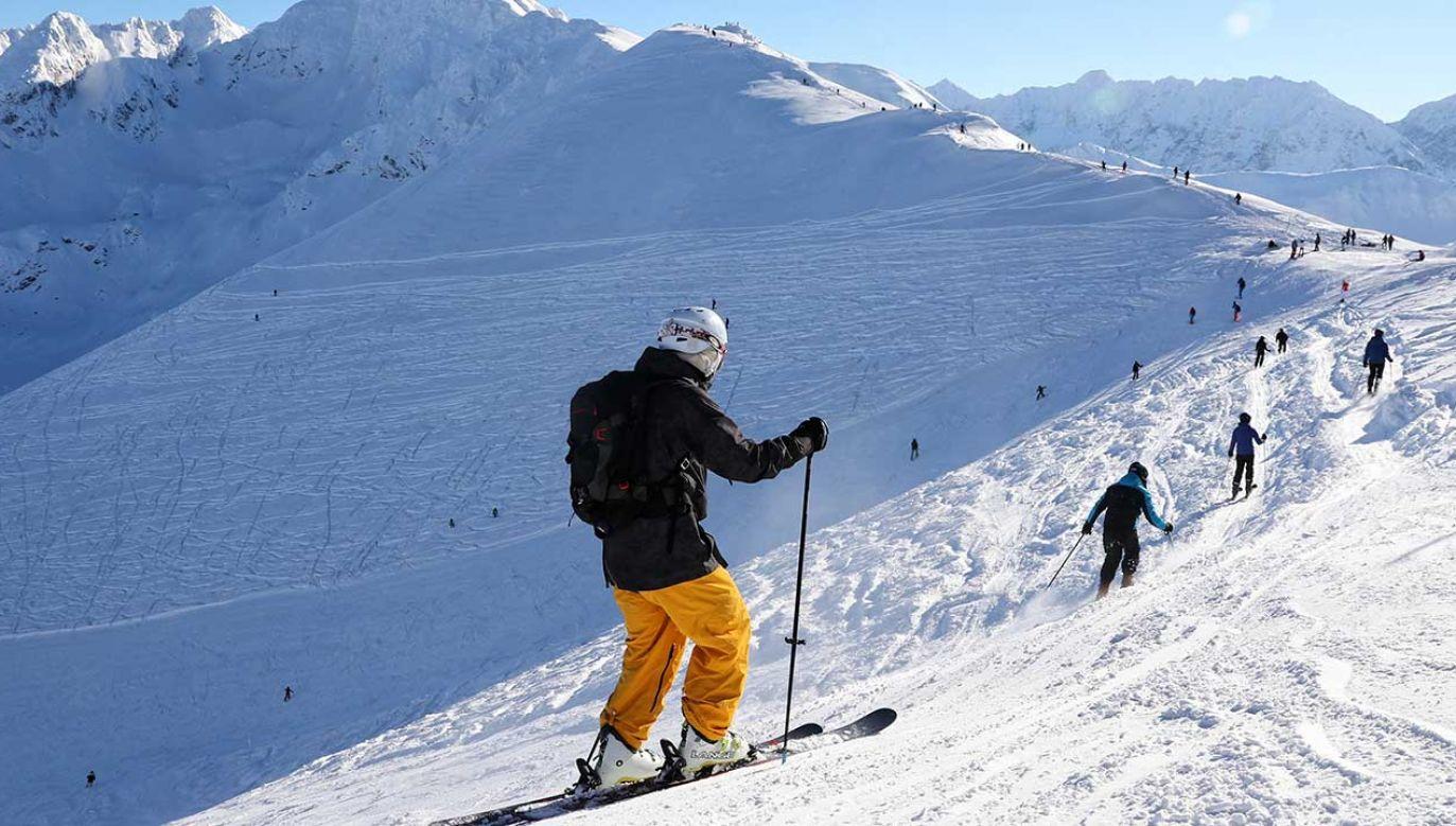 Na Kasprowym Wierchu leży 127 cm śniegu, a temperatura spadła do -7 st. C (fot. arch. PAP/Grzegorz Momot)
