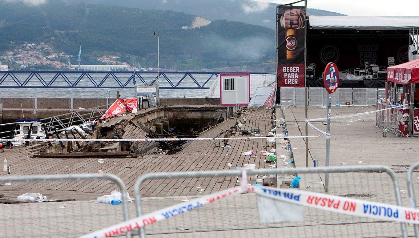 Część ludzi wpadła do oceanu. Po wypadku wybuchła panika (fot. PAP/EPA/Salvador Sas)