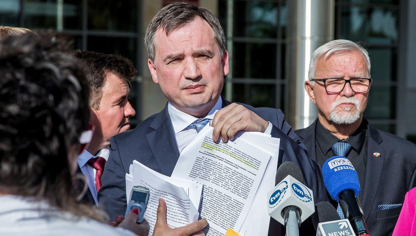 Zbigniew Ziobro uprzedził premiera o wysłaniu wniosku do TK (fot. PAP/Maciej Goclon)
