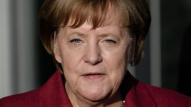 Mimo wygranych wyborów Merkel nie może utworzyć koalicji (Fot. PAP/EPA/CLEMENS BILAN)