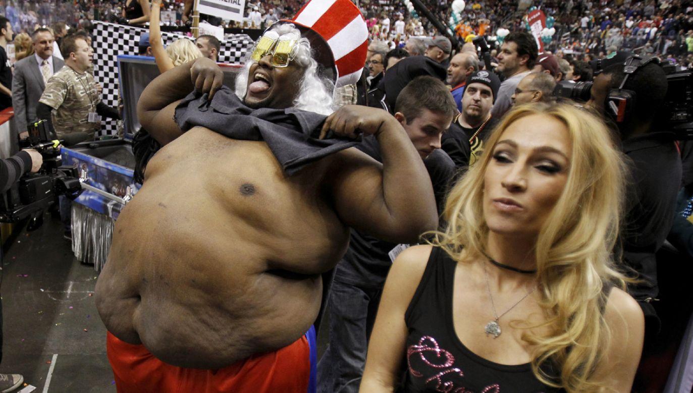 Według sondażu o odchudzaniu myślą nie tylko ludzie otyli lub z nadwagą, ale również ci, których waga jest proporcjonalna do wzrostu (fot. Reuters/Tim Shaffer)