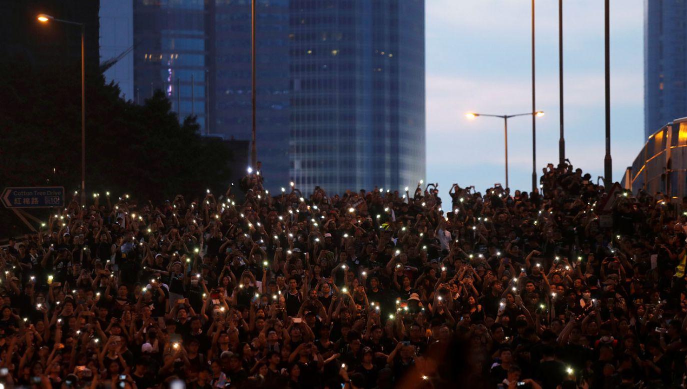 Uliczny protest w Hongkongu (fot. REUTERS/Jorge Silva)