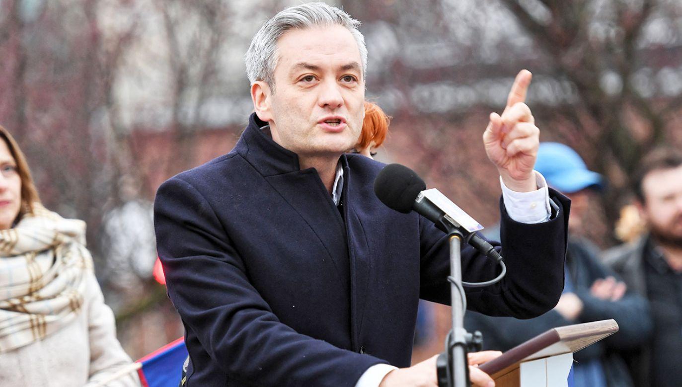 Lider Wiosny Robert Biedroń o swoim starcie w wyborach do PE (fot. PAP/Marcin Bielecki)