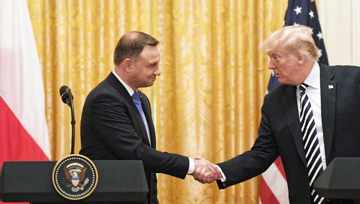 Prezydent Stanów Zjednoczonych Ameryki Donald Trump (P) oraz prezydent RP Andrzej Duda (L) podczas konferencji prasowej po spotkaniu w Białym Domu (fot. PAP/Radek Pietruszka)