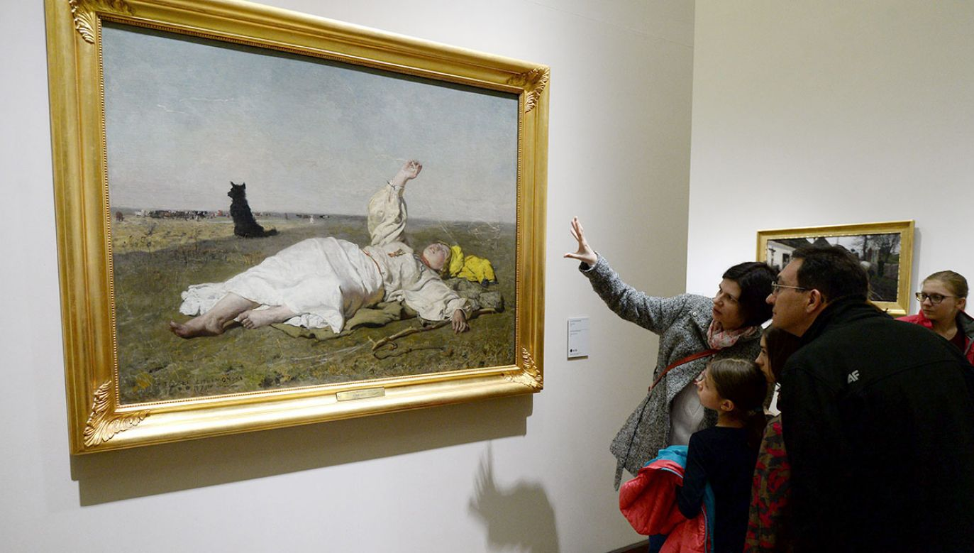 Na wystawie zobaczyć będzie można kopie obrazów m.in. Santiego, Gierymskiego i Chełmońskiego(fot. arch.PAP/Bartłomiej Zborowski)