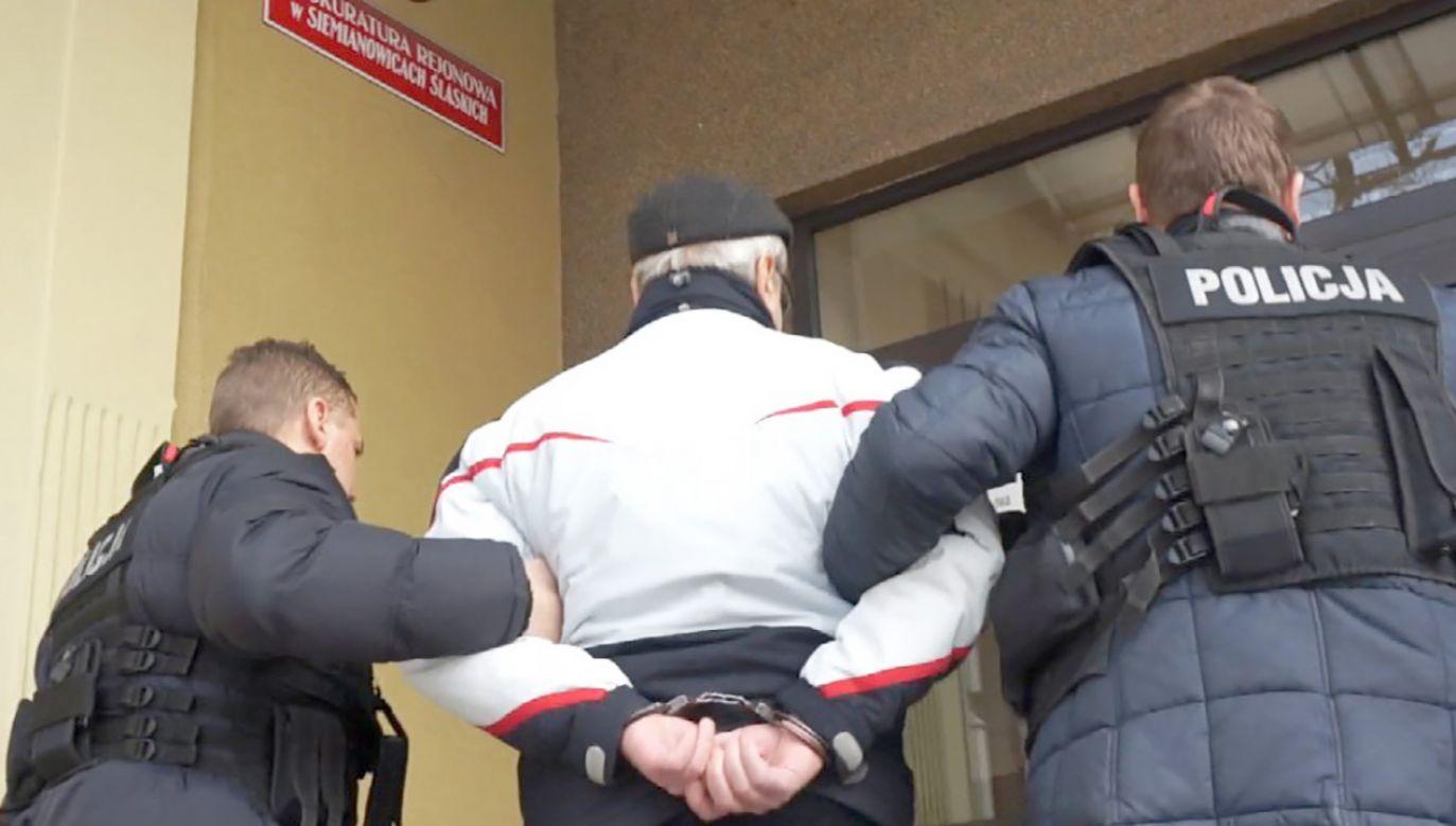 Wykopane fragmenty rurociągu były sprzedawane na złom (fot. slaska.policja.gov.pl)