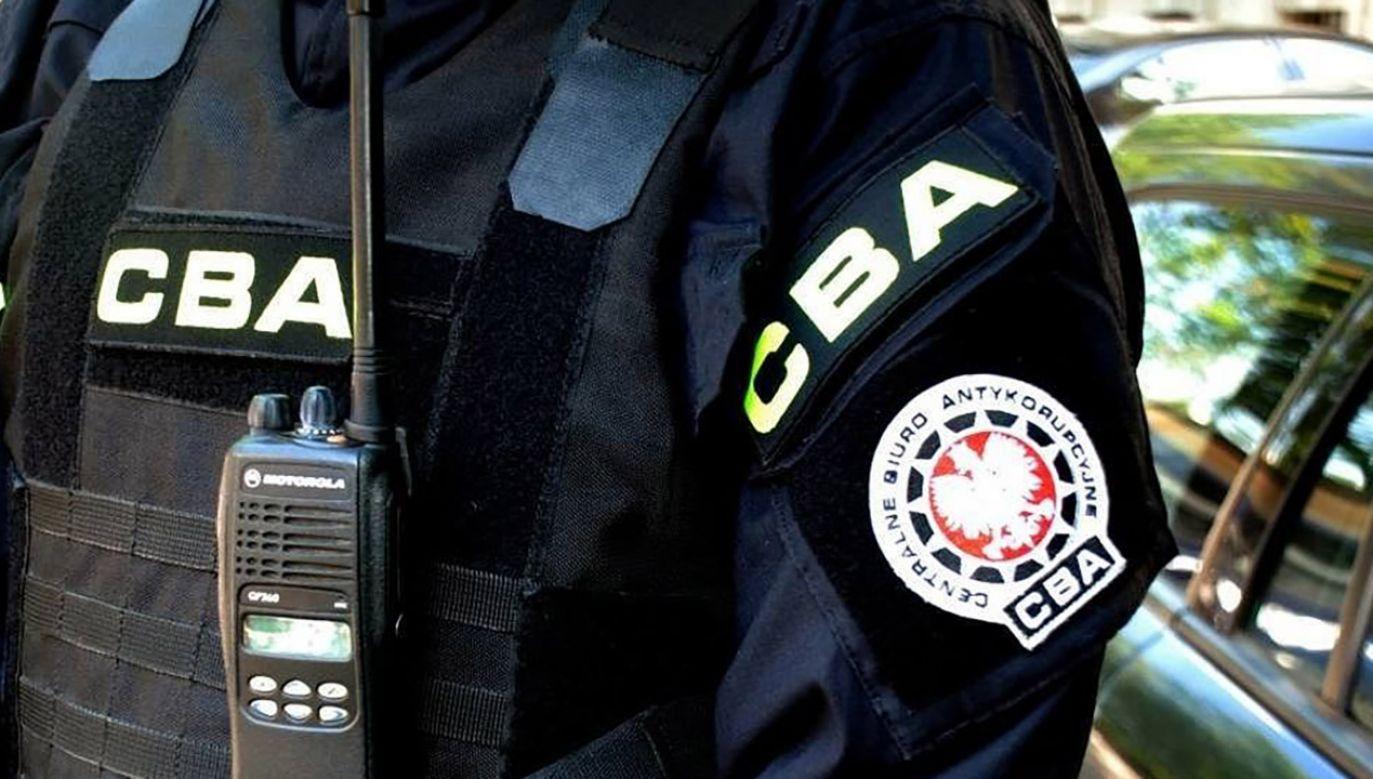 Agenci CBA przeszukali mieszkania oraz miejsca pracy zatrzymanych (fot. Materiały prasowe)