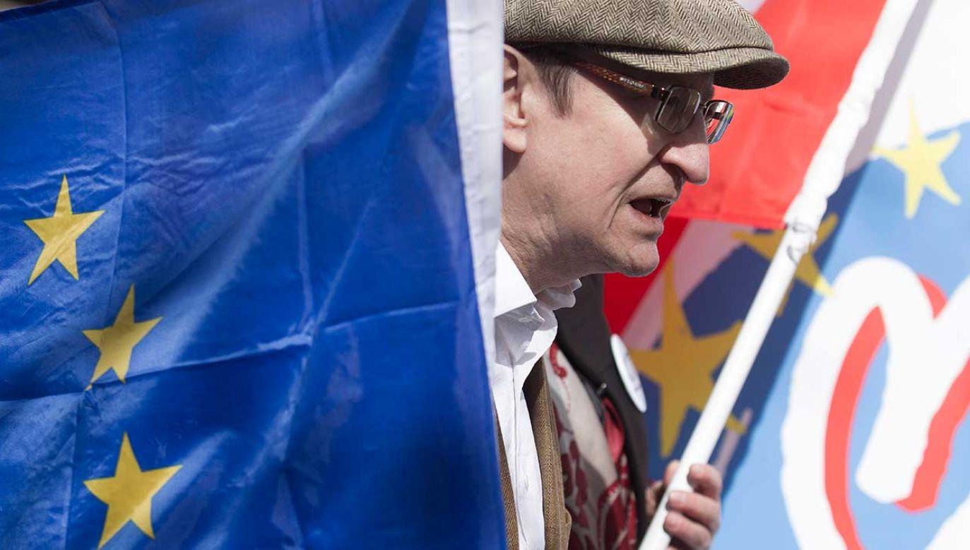 Opozycjonista z czasów PRL Józef Pinior podczas konferencji prasowej Komitetu Obrony Demokracji (fot. PAP/Aleksander Koźmiński)