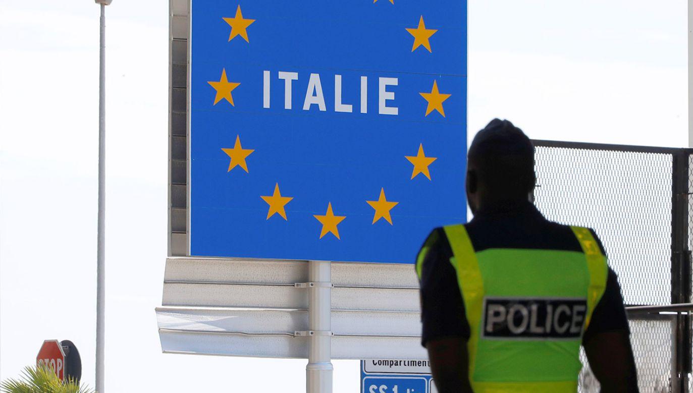 W akcji brał udział włoski wywiad i siły specjalne – poinformował premier Conte. (fot. REUTERS/Eric Gaillard)