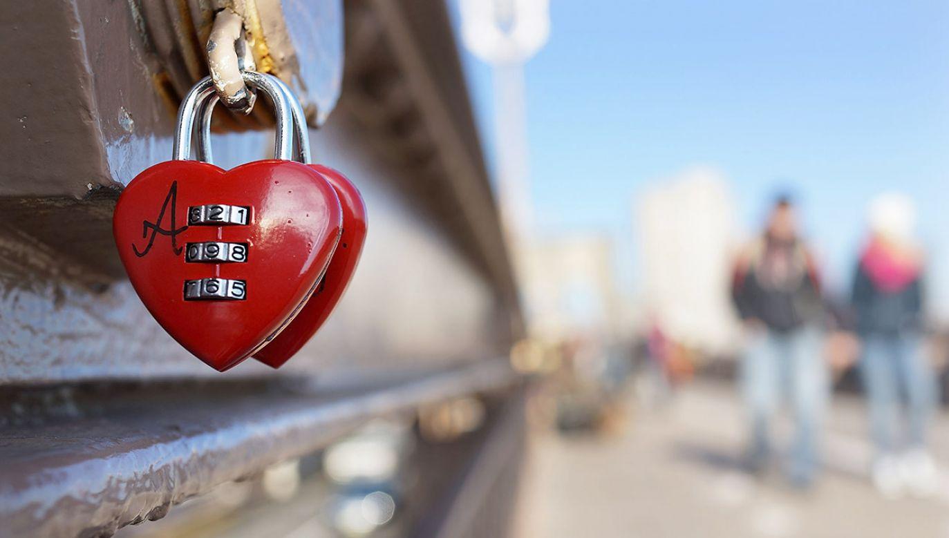 Naukowcy sprawdzili wpływ miłości na ludzkie geny (fot. Spencer Platt/Getty Images)