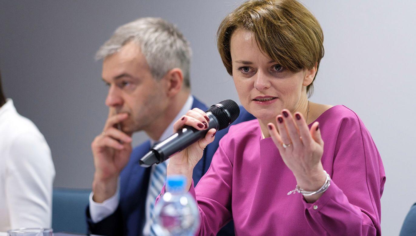 Minister Emilewicz twierdzi, że niemiecki minister gospodarki Peter Altmaier wyraził zainteresowanie takim rozwiązaniem (fot. PAP/Jakub Kaczmarczyk)