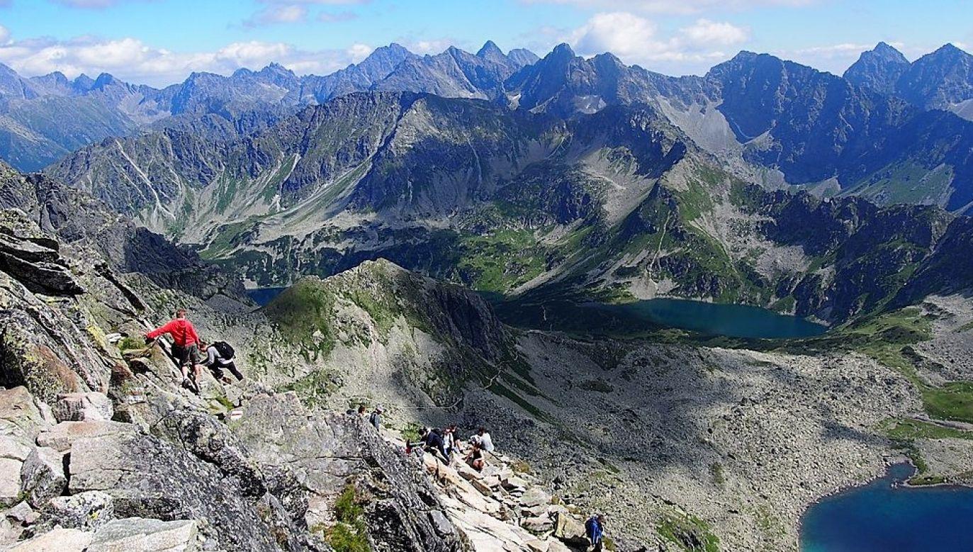 View from Świnica mountain. Photo: Wikimedia commons/Dzoana08