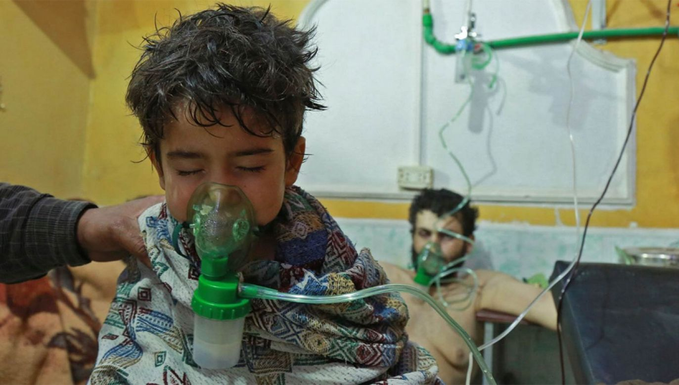 Podczas wojny w Syrii regularnie dochodzi do ataków z użyciem broni chemicznej (fot. TT/NBC News)