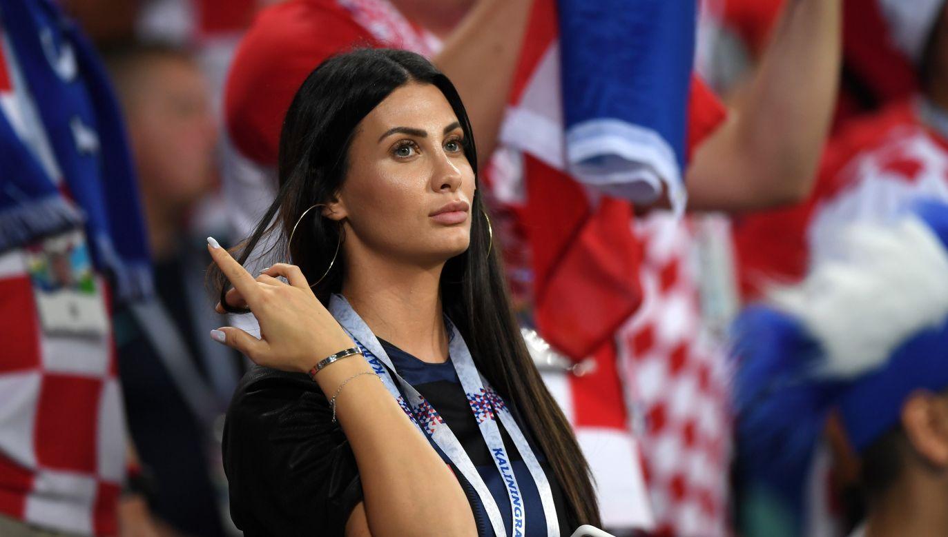 Piękne fanki futbolu były ozdobą transmisji z mundialu (fot Getty)