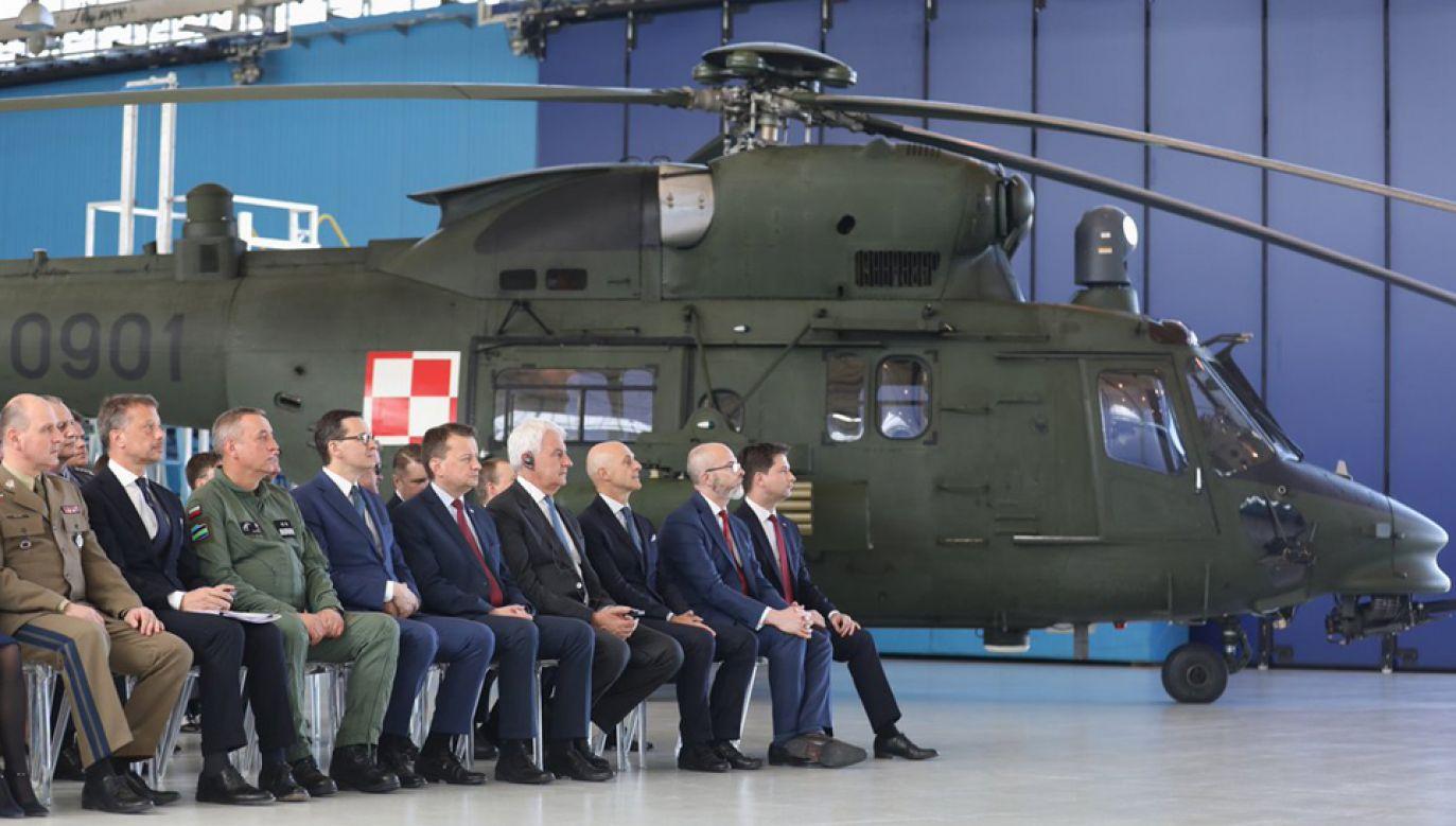 Uroczystość podpisania umowy na dostawę śmigłowców dla Marynarki Wojennej (fot. TT/KPRM)