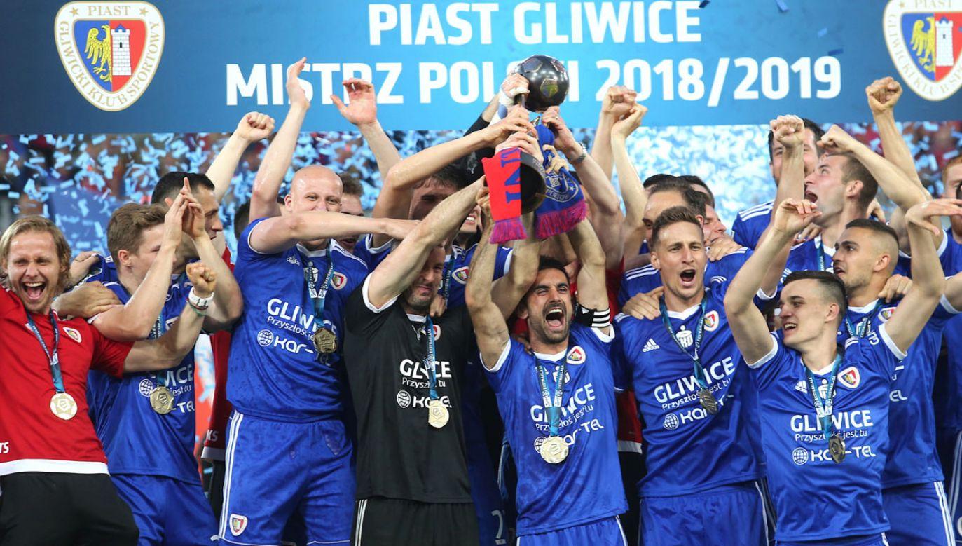 Piast Gliwice sięgnął w niedzielę po pierwsze w historii klubu mistrzostwo kraju (fot. PAP/Andrzej Grygiel)