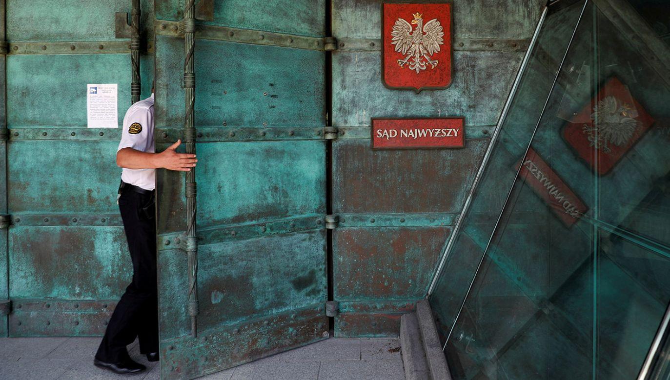 Strona polska przekonywała w Brukseli, że nowelizacja ustawy o Sądzie Najwyższym powinna zmienić ocenę KE (fot. REUTERS/Kacper Pempel)
