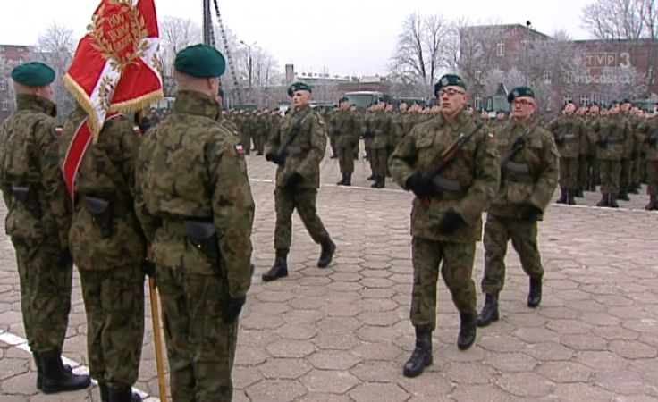 Przysięga elewów w 2. Pułku Inżynieryjnym w Inowrocławiu