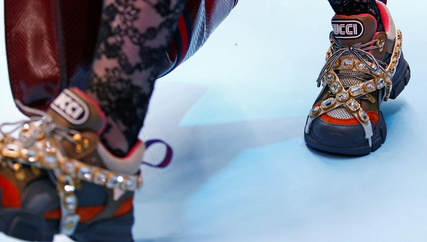 Duchowny zaprzeczył, by był właścicielem luksusowych butów (fot. REUTERS/Tony Gentile)