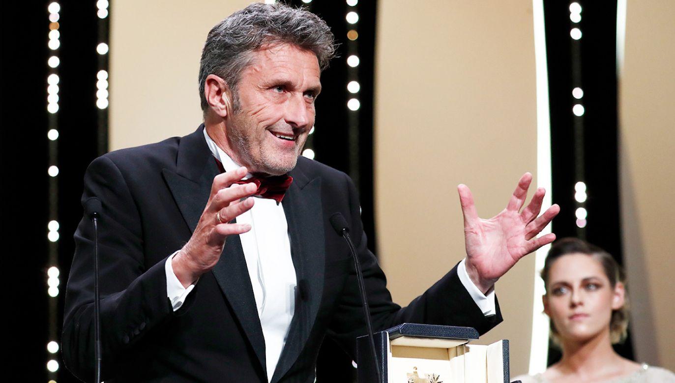 Paweł Pawlikowski z nagroda za najlepszą reżyserię na festiwalu w Cannes (fot. Reuters/Stephane Mahe)