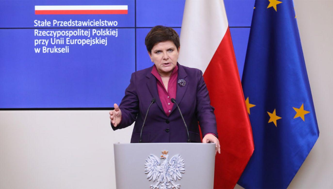 Premier Beata Szydło podczas konferencji prasowej, na zakończenie Szczytu Partnerstwa Wschodniego w Brukseli (fot. PAP/Paweł Supernak)