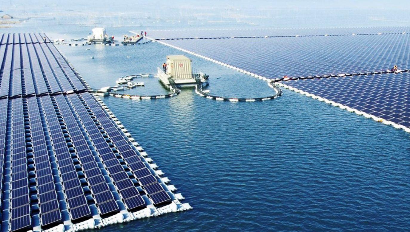 Dotychczas największą oddaną do użytku pływającą elektrownią fotowoltaiczną w Chinach była siłownia Sungrow Power Supply Co. o mocy 40 MW (fot. Sungrow Power Supply)