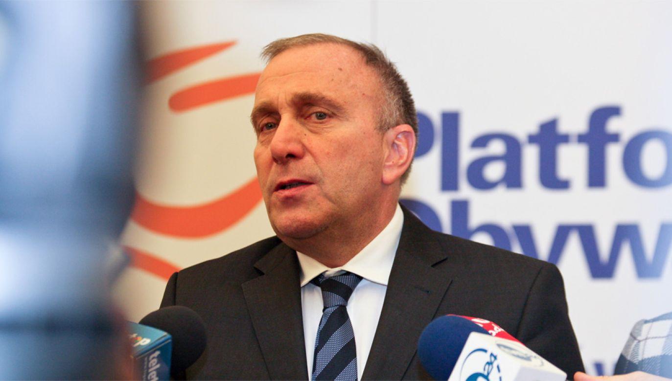 Grzegorz Schetyna domaga się dymisji rządu Beaty Szydło (fot. PAP/Lech Muszyński)
