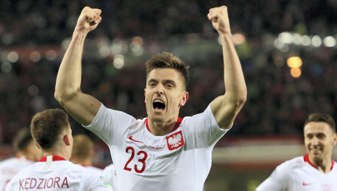 Krzysztof Piątek (C) po strzeleniu gola w inauguracyjnym meczu eliminacji ME 2020 z Austrią (fot. PAP/Leszek Szymański)