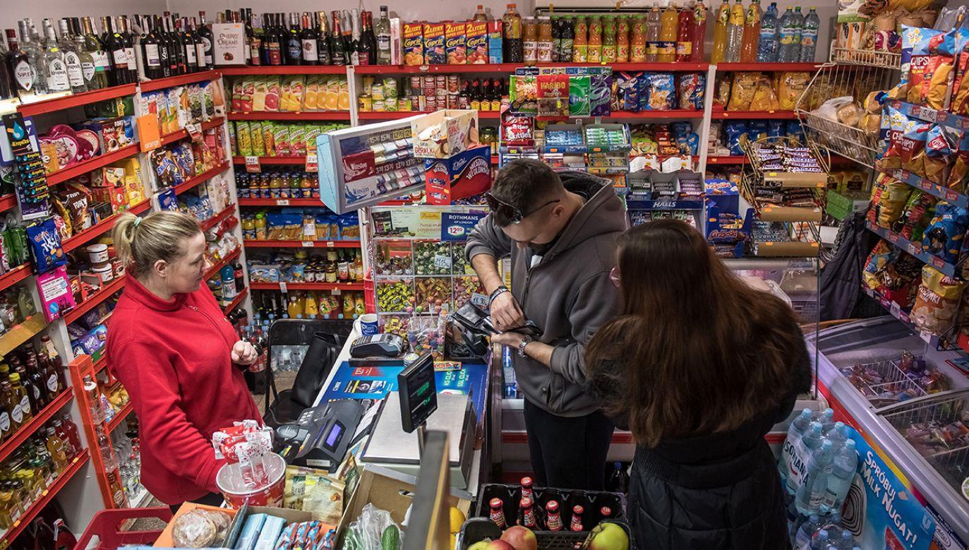 Ministerstwo Finansów przygotowało projekt zmiany stawek VAT na niektóre produkty (fot. arch. PAP/Wojciech Pacewicz)